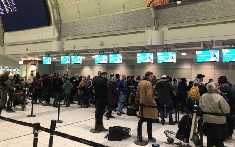 La décision du gouvernement marocain de suspendre l'ensemble des liaisons aériennes et maritimes entre le Maroc et la France, en vue d'endiguer l'épidémie du Coronavirus, a pris de court les ressortissants des deux pays.