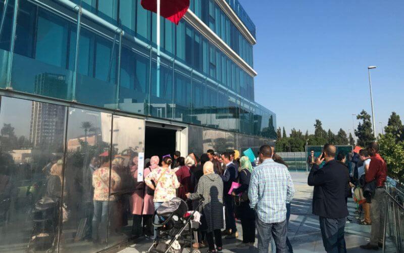 Les services électroniques destinés aux Marocains résidant de l'étranger (MRE) continuent de fonctionner.  Ces services s'inscrivent en droite ligne des mesures préventives prises par le gouvernement pour contrer la propagation de la pandémie du nouveau coronavirus.