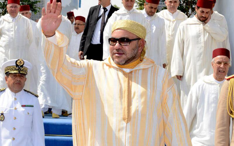 Photo of Des centaines de ressortissants marocains bloqués un peu partout dans le monde, appellent le roi Mohammed VI au secours pour faciliter leur retour au pays dans de meilleurs délais. Dans un courrier adressé au souverain, ils s'en remettent à lui, tout en lui faisant part des conditions difficiles dans lesquelles ils vivent.