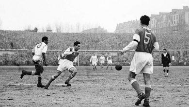 Photo of Arme politique, joueurs de légende, capitalisme débridé : une certaine histoire du football