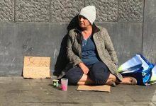 Photo of L'ancienne adjointe du maire de la Commune d'Evere à Bruxelles, la romancière marocaine Fatiha Saidi, s'est mise dans la peau d'une mendiante, pour les besoins de son livre qui sera publié aux Éditions La Boîte à Pandore au mois d'octobre prochain.