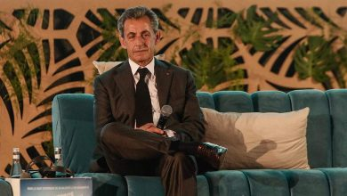 Photo de L'ex-président français Nicolas Sarkozy condamné à 3 ans de prison dont un ferme pour corruption